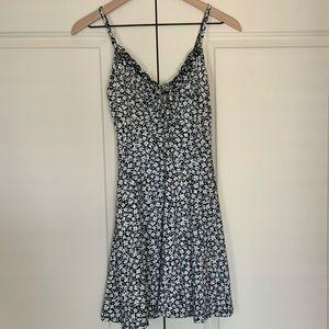 Casual Black&White Dress - NWOT